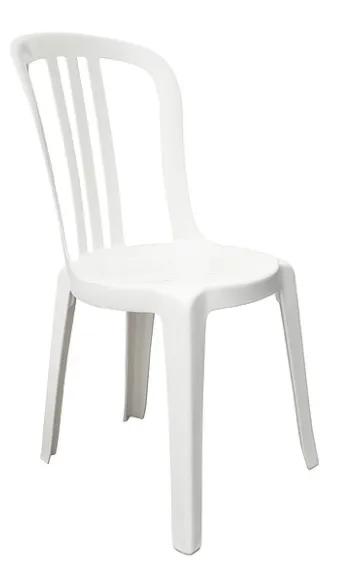 Chaise en plastique blanche